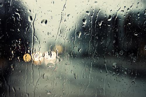 Rainy_Day_Wallpaper_by_kionee